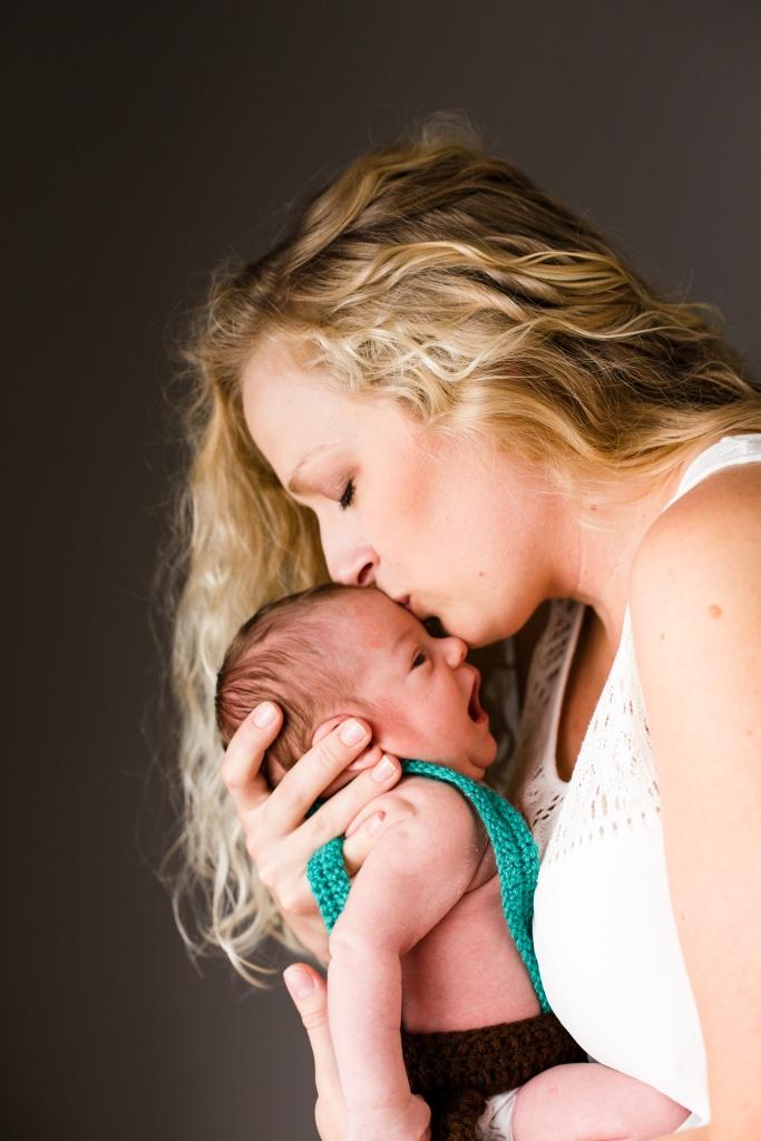 Winchester VA Senior Newborn Photographer-1-2